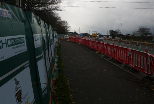 Acoustic barriers along the A390